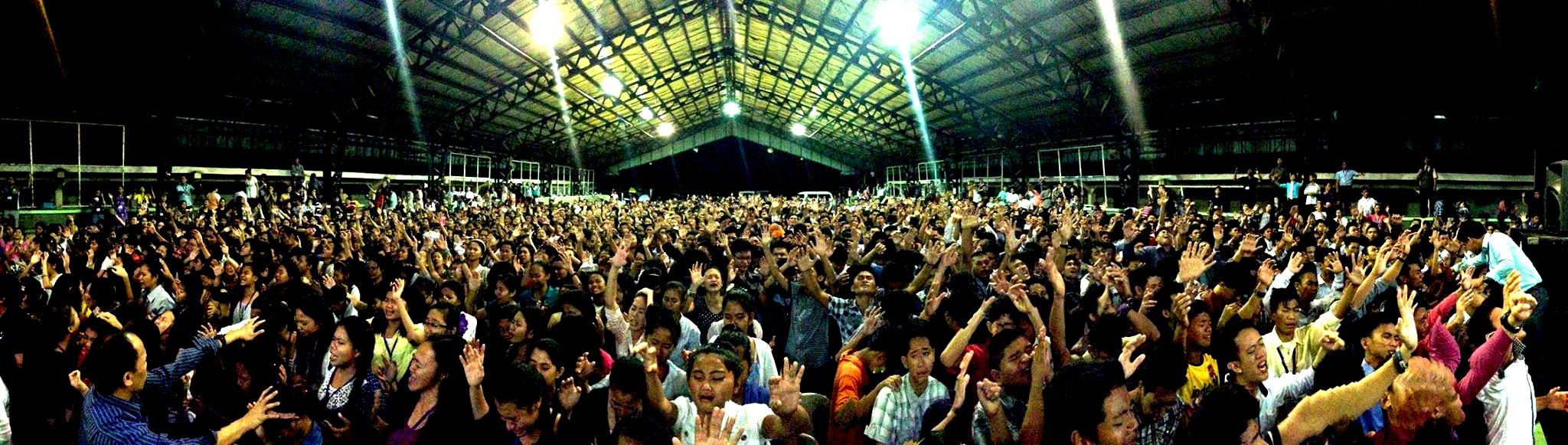 crowd-011